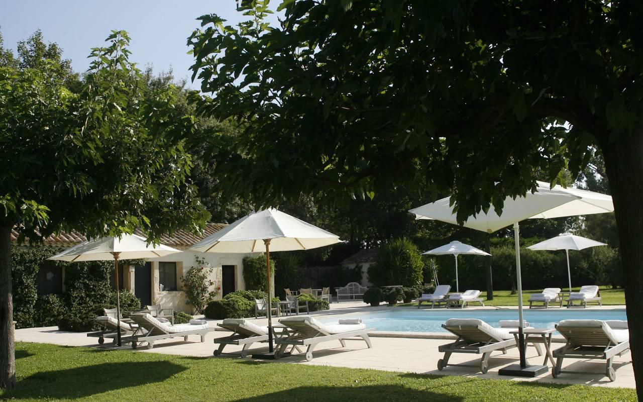 hotel charme piscine arles